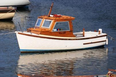 fishing-boat-344643_640