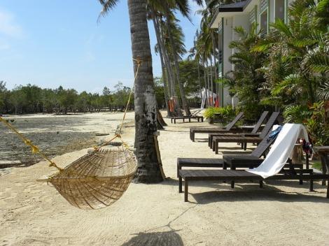 beach-77717_640
