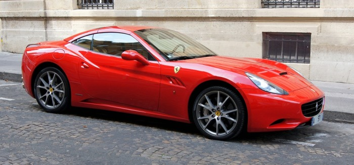 ferrari-california-554819_960_720